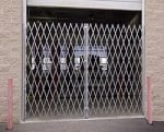 Folding & Portable Gates Double Folding gate for 6' 8' Opening